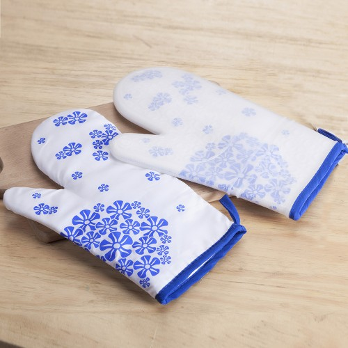 Blue & White Porcelain Silicone Oven Mitts with Quilted Cotton Lining 2 Pairs